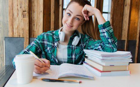girl studying biology